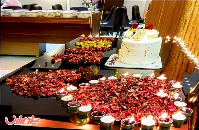 بهترین کافه های تولد در یزد - رستوران ملل یزد ارزان
